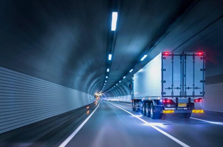 tunnel_cargo_truck-1