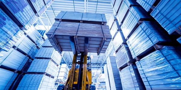 warehouse_crane_pallets